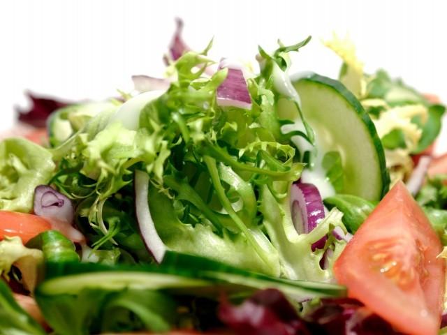 Престоялите салати пълни с пестициди и нитрати