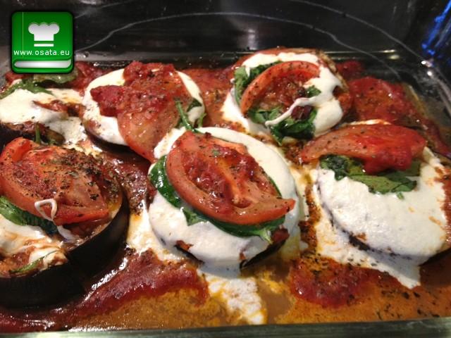 Рецепта за ордьовър от патладжани, домати и моцарела