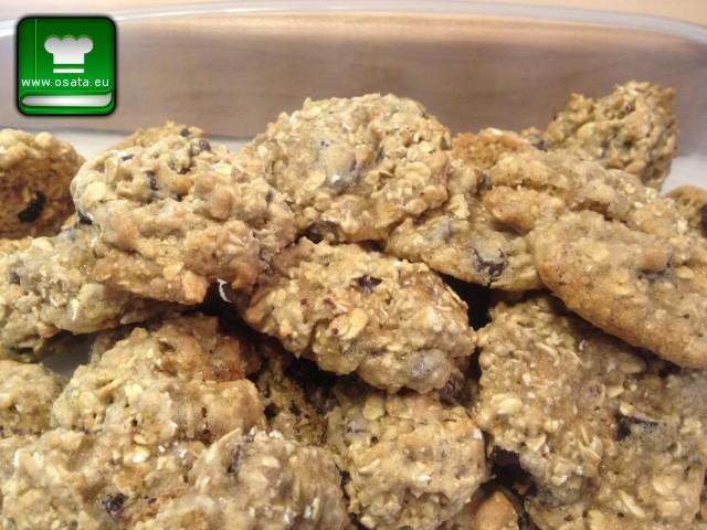 Рецепта за Домашни бисквити с орехи