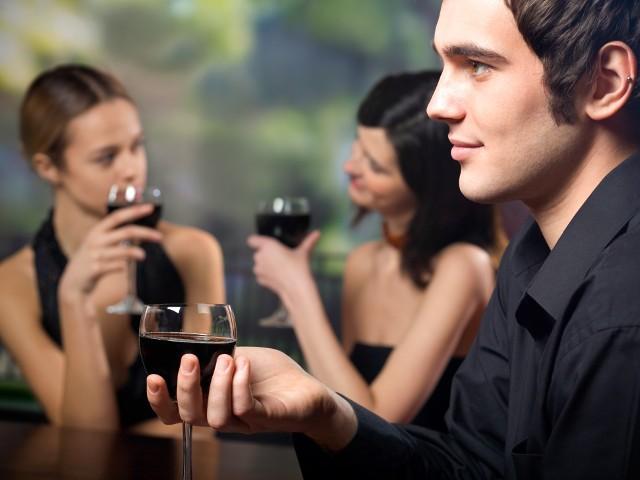 Как да бъдеш мистериозен за да сваляш успешно жените