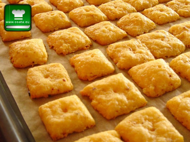 Рецепта за картофени крекери с пармиджано и розмарин