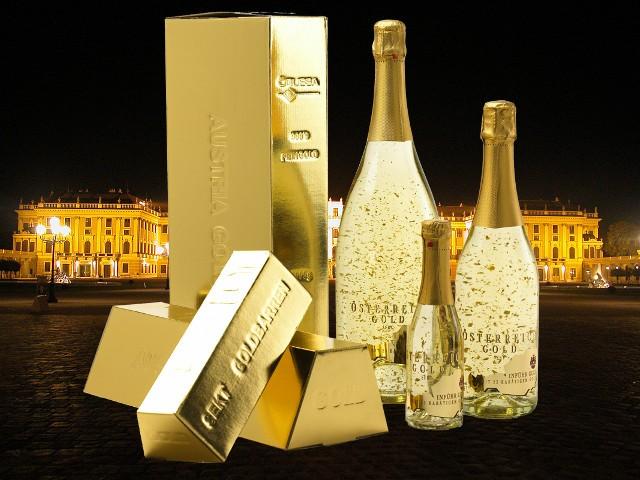 Златното шампанско Österreich Gold от Авексим ООД е идеален избор за Нова Година
