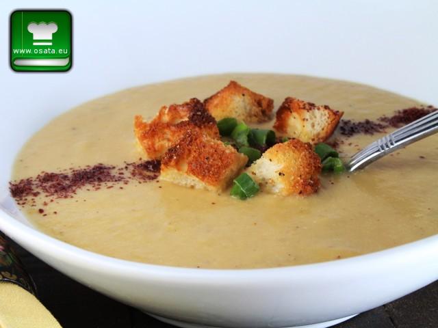 Рецепта за картофена крем супа с крутони