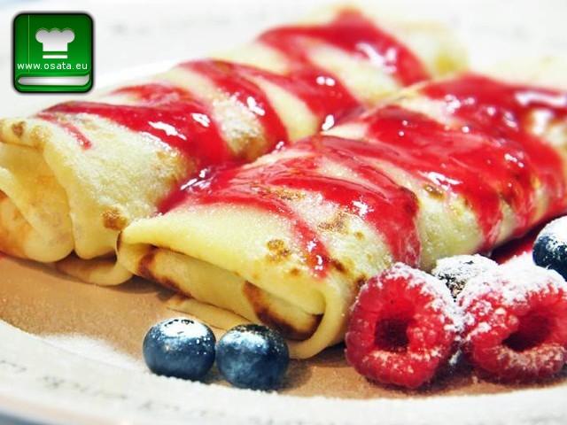 Рецепта за палачинки с маскарпоне, малини и боровинки по италиански