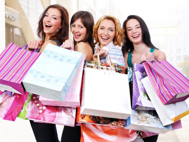 Топ оферти и горещи промоции на дамски дрехи и аксесоари