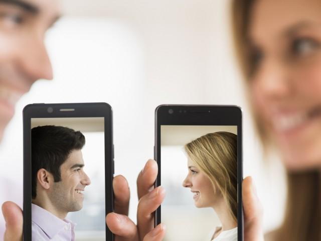 Онлайн запознанствата в интернет - съвременната свалка на 21 век