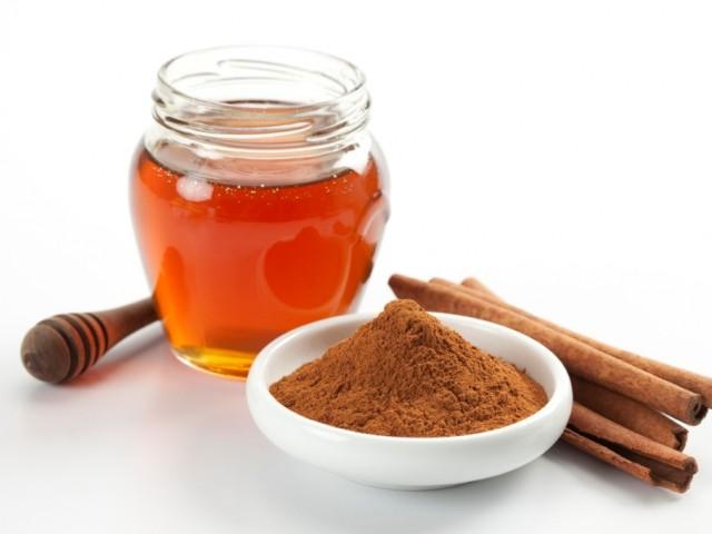 Отслабване с канела и мед