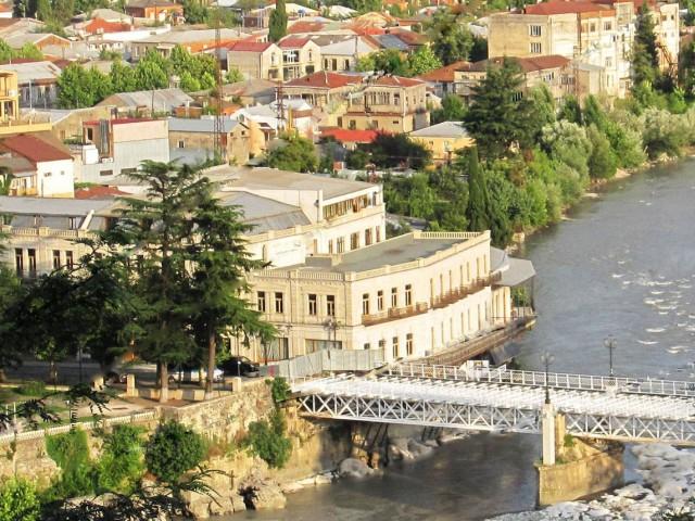 Белият мост в Кутаиси, Грузия