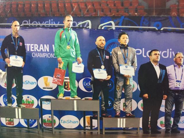Петкратният световен шампион Ремзи Осман