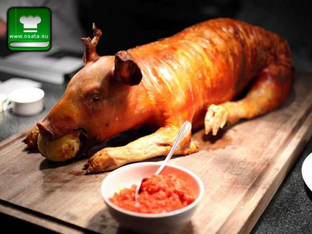 Рецепта за пълнено печено прасенце по кесарийски