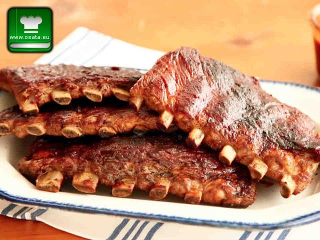 Рецепта за пикантни свински ребърца с чесън
