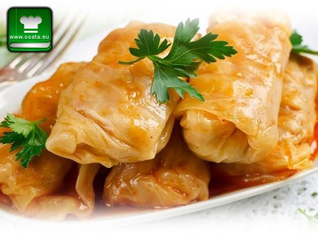 Рецепта за зелеви сарми с лешници и стафиди