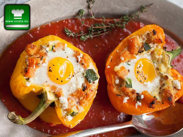 Рецепта за пълнени чушки с яйца и сирене